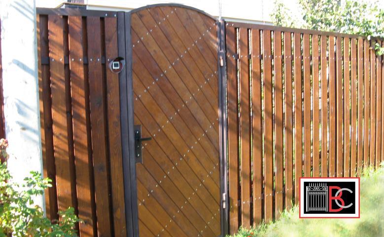 Как сделать двёрь с забором